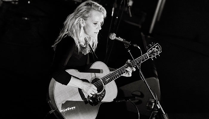 REVIEW: MARY CHAPIN CARPENTER, SAGE GATESHEADREVIEW: MARY CHAPIN CARPENTER, SAGE GATESHEAD