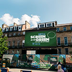 NE1 screen on the green