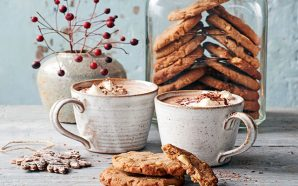 SWEET SCANDI RECIPE: GOOEY GINGERBREAD COOKIES