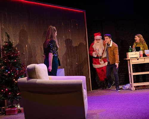 CHRISTMAS CRACKERS, LIVE THEATRE