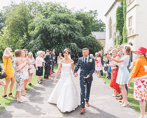 REAL WEDDING: GARDEN GLAMOUR AT LARTINGTON