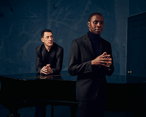 LIGHT IT UP: LUXE MEETS THE LIGHTHOUSE FAMILY