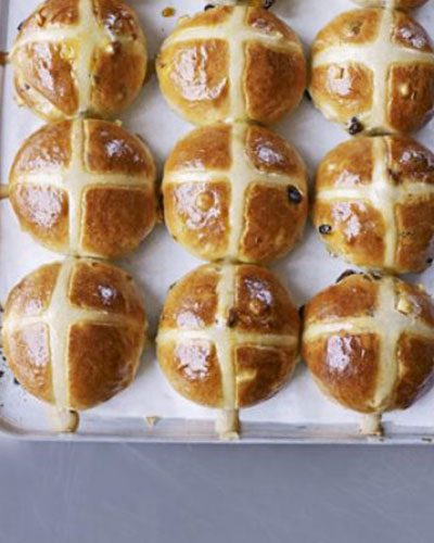 Easter Crafts: Hot Cross Buns