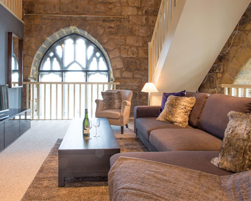LUXE STAYCATION: POTTERGATE TOWER, ALNWICK
