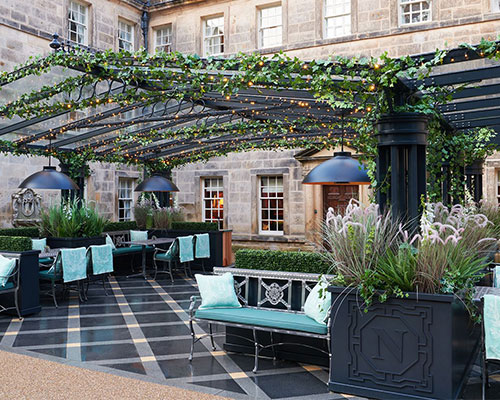 GRANTLEY HALL'S NORTON BAR & COURTYARD