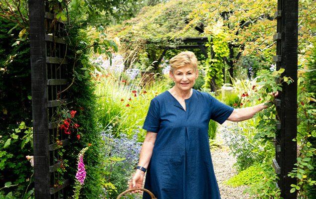 Lady Paula Darrington